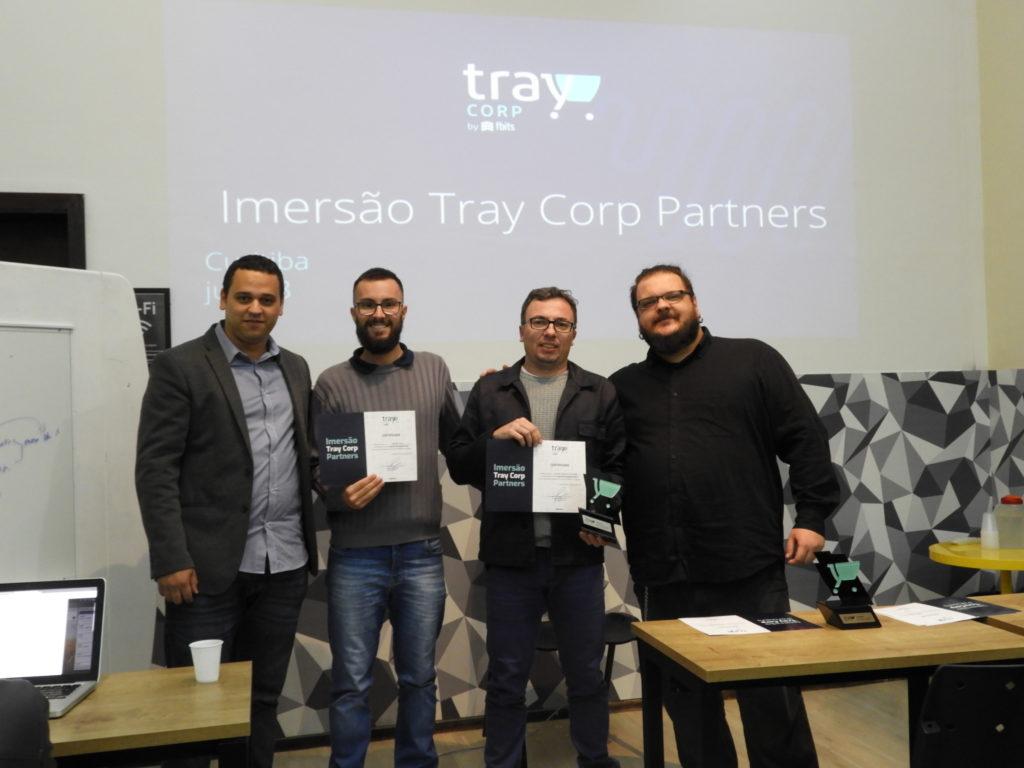 Entrega certificados e reconhecimento Área Local e Tray Corp